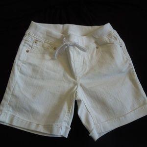 Girls Justice white bermuda shorts size 14 slim
